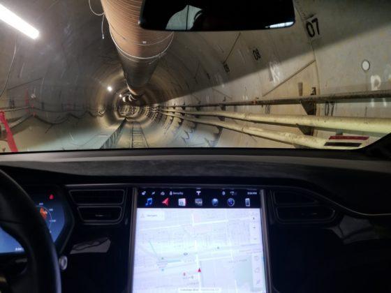 Elon Musk, The Boring Company, túneis subterrâneos, The Urban Loop